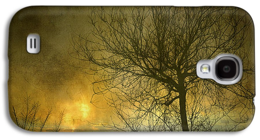 Abstracts Galaxy S4 Case featuring the photograph The Light Escapes Through The Clouds by Guido Montanes Castillo