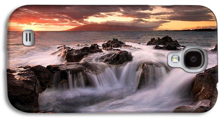 Hawaii Galaxy S4 Case featuring the photograph Tropical Cauldron by Mike Dawson