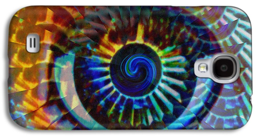 Abstract Galaxy S4 Case featuring the photograph Visionary by Gwyn Newcombe