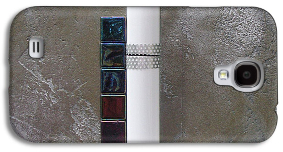 Assemblage Galaxy S4 Case featuring the relief White Tower by Elaine Booth-Kallweit