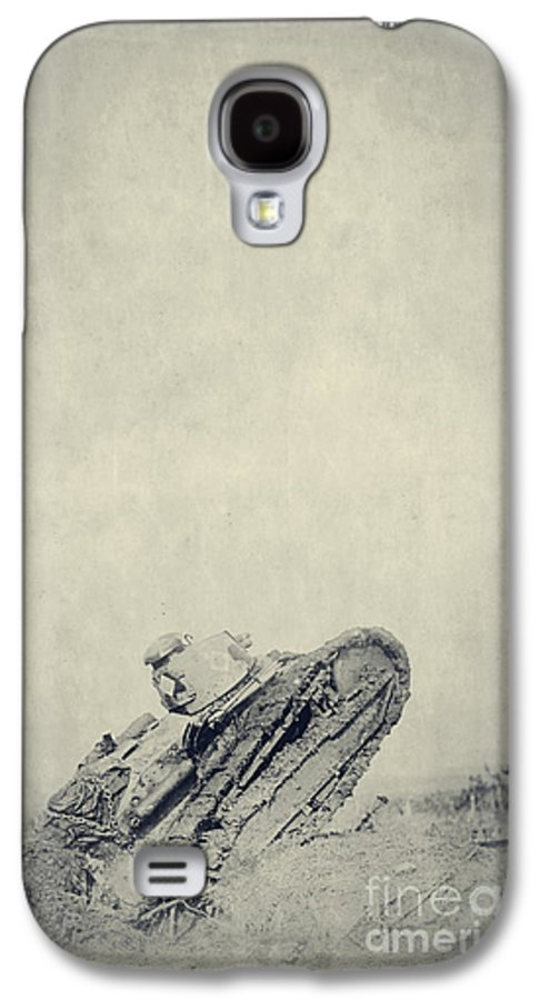 Wwi Galaxy S4 Case featuring the photograph World War I Tank In Trench Warfare by Edward Fielding