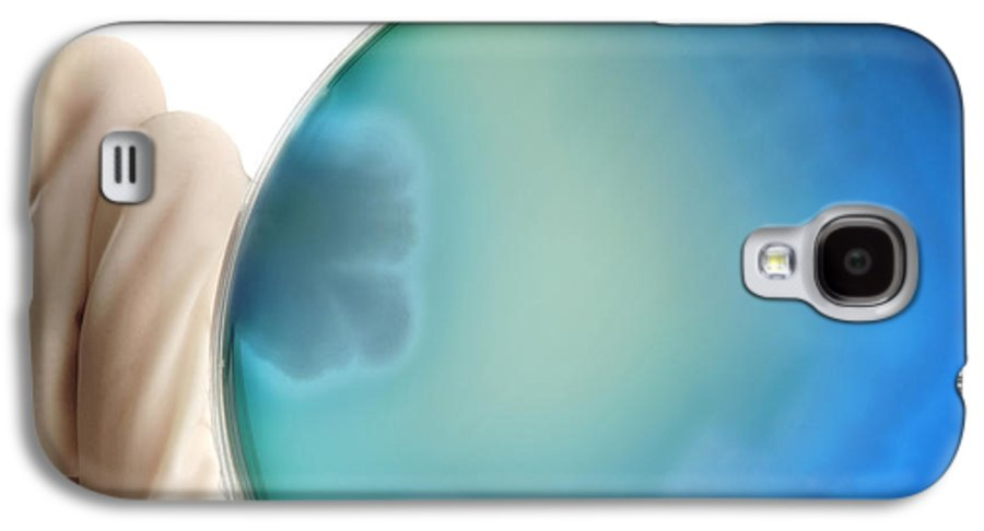 Bacillus Cereus Galaxy S4 Case featuring the photograph Bacillus Cereus Culture by Tim Vernon, Lth Nhs Trust