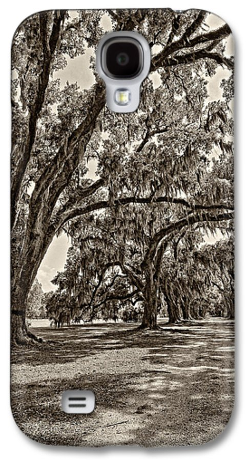 Evergreen Plantation Galaxy S4 Case featuring the photograph Back To The Future Sepia by Steve Harrington