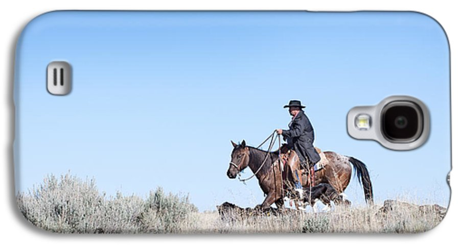 Cowboy Galaxy S4 Case featuring the photograph Cowboy Desert Moon by Cindy Singleton