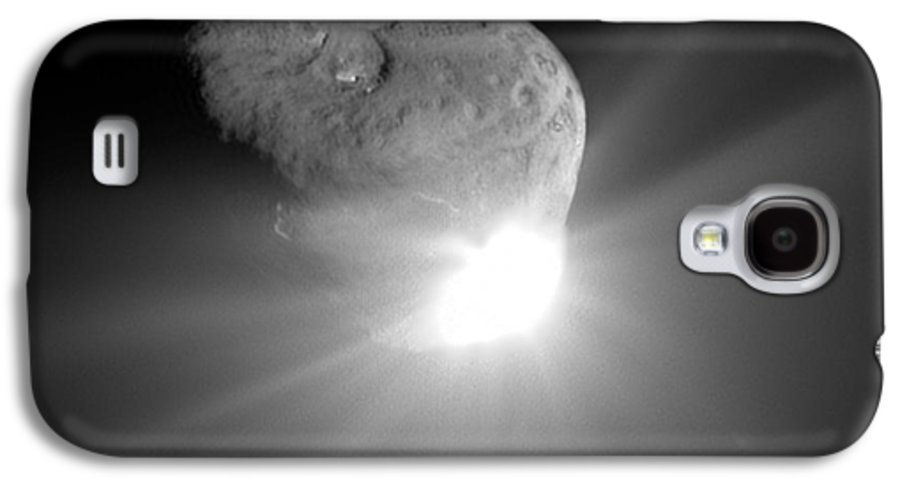 Tempel 1 Galaxy S4 Case featuring the photograph Deep Impact Comet Strike by Nasa