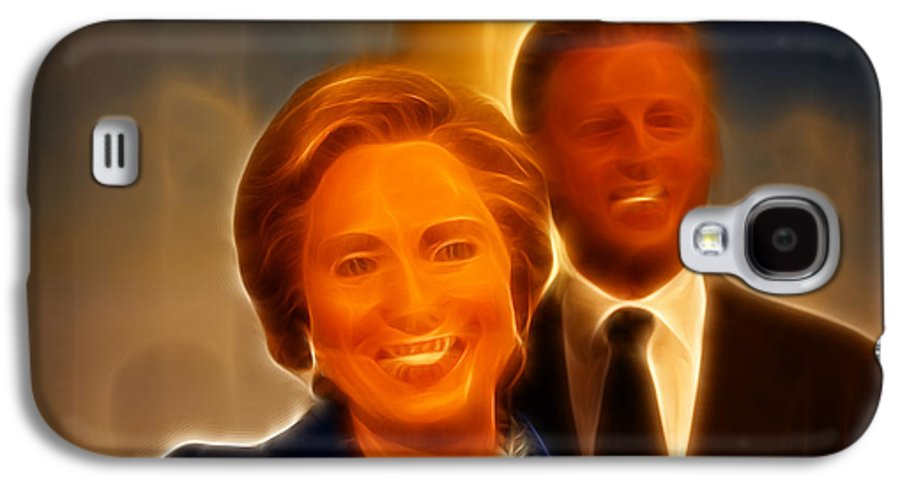 Lee Dos Santos Galaxy S4 Case featuring the photograph Hillary Rodham Clinton - United States Secretary Of State - Bill Clinton by Lee Dos Santos