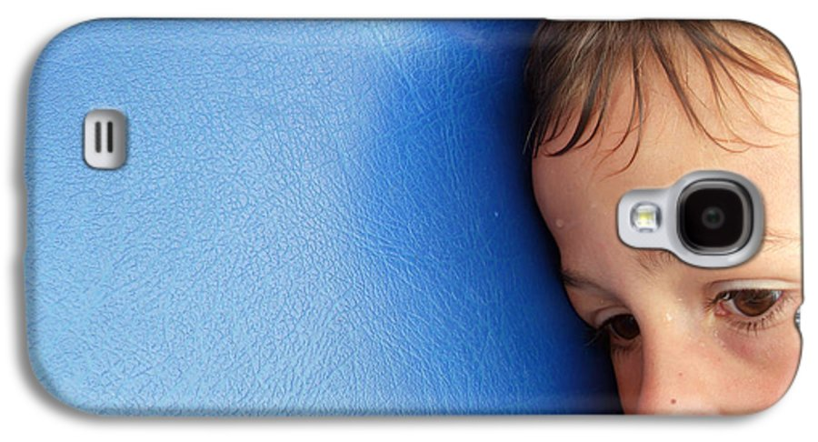 Child Galaxy S4 Case featuring the photograph Lost In Thought by Matthias Hauser