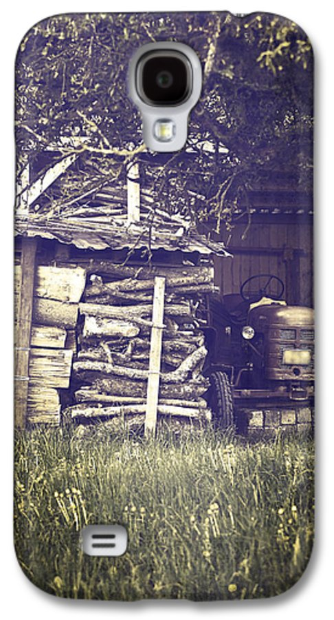 Tree Galaxy S4 Case featuring the photograph Old Shed by Joana Kruse