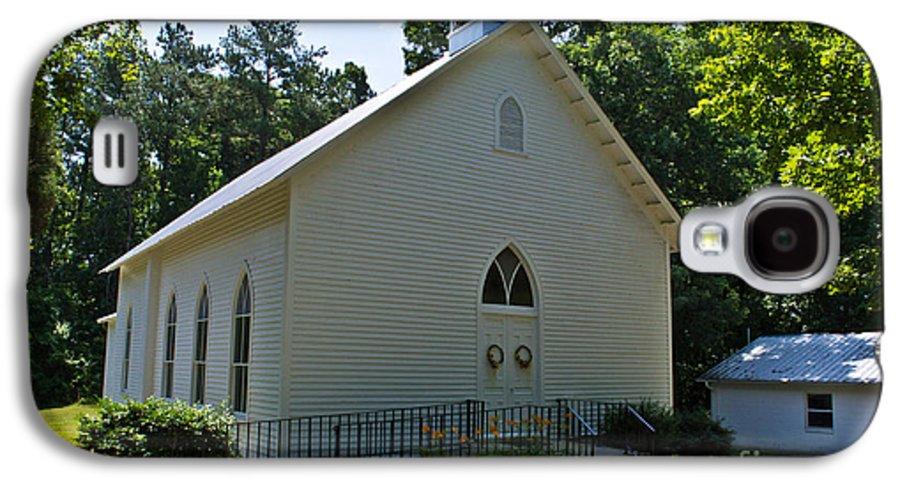 Scott Galaxy S4 Case featuring the photograph Quaker Church by Scott Hervieux