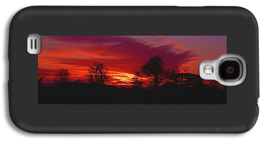 Sunset Galaxy S4 Case featuring the photograph 022107-37 by Mike Davis