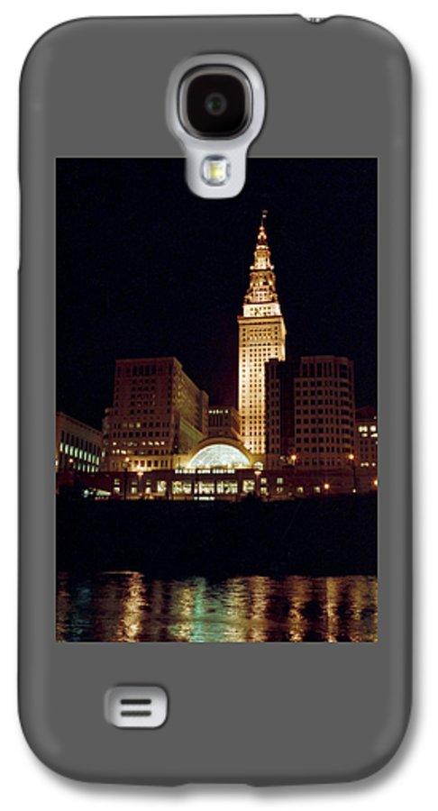 Cleveland Galaxy S4 Case featuring the photograph 070506-73 by Mike Davis