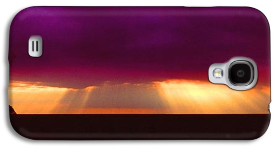 Sunset Galaxy S4 Case featuring the photograph 092908-4 by Mike Davis