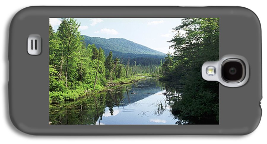 Mountain Galaxy S4 Case featuring the photograph 070506-84 by Mike Davis