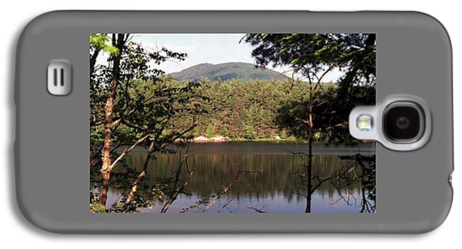 Mountain Galaxy S4 Case featuring the photograph 080706-84 by Mike Davis