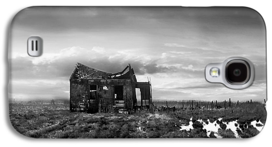 Architecture Galaxy S4 Case featuring the photograph The Shack by Dana DiPasquale