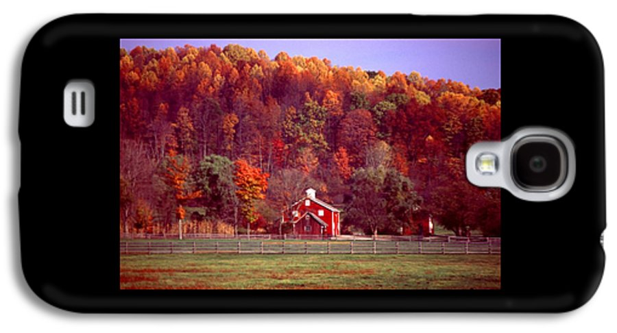 Autumn Galaxy S4 Case featuring the photograph 102701-16 by Mike Davis