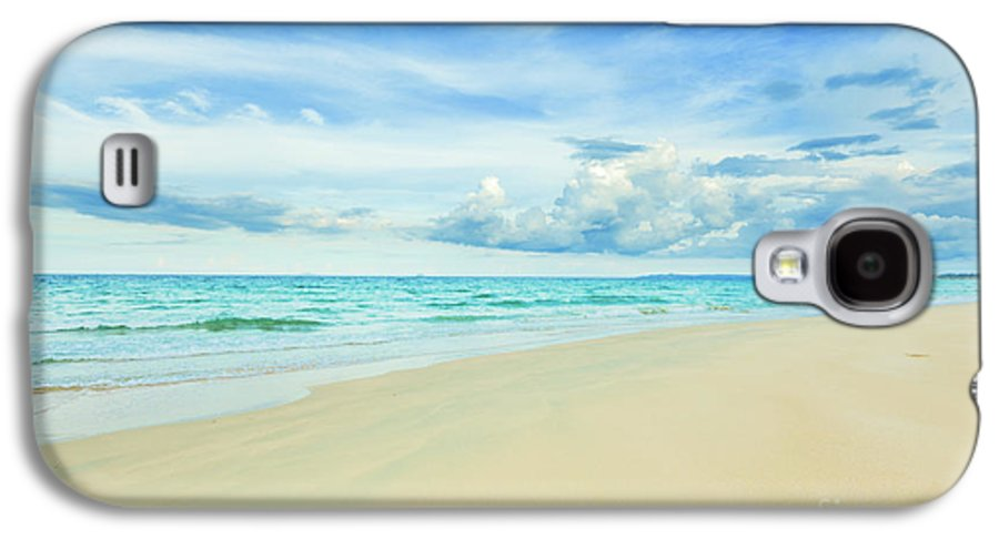 Bahamas Galaxy S4 Case featuring the photograph Beach by MotHaiBaPhoto Prints