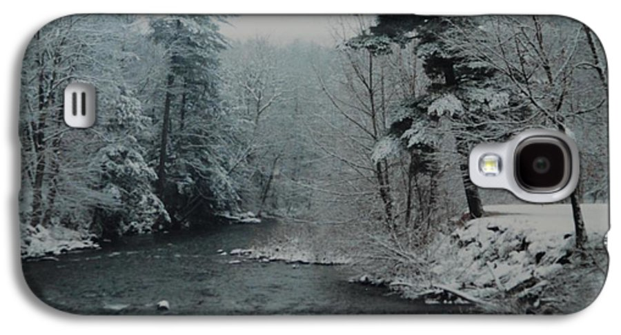 B&w Galaxy S4 Case featuring the photograph A Winter Waterland by Rob Hans