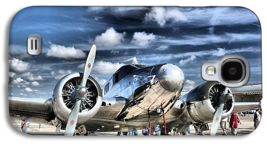 Airplane Galaxy S4 Case featuring the photograph Air Hdr by Arthur Herold Jr