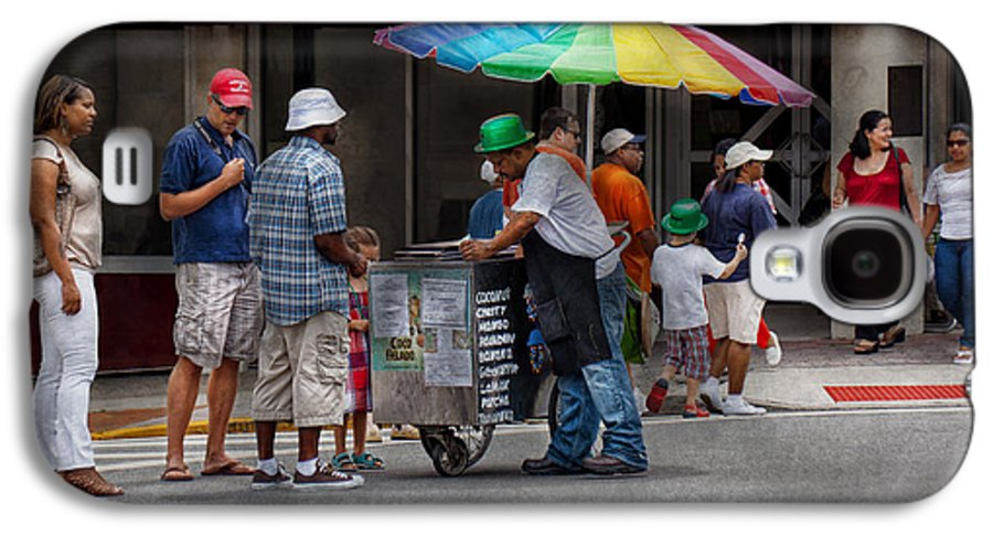 Hdr Galaxy S4 Case featuring the photograph Americana - Mountainside Nj - Buying Ices by Mike Savad