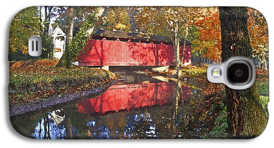 Covered Bridge Galaxy S4 Case featuring the photograph Autumn Sunrise Bridge by Margie Wildblood