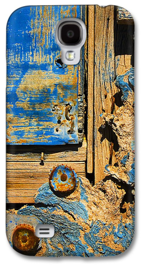 Abstract Galaxy S4 Case featuring the photograph Blues Dues by Skip Hunt