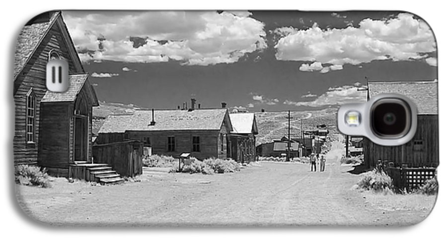 Ghost Town Galaxy S4 Case featuring the photograph Bodie A Ghost Town Infrared by Christine Till