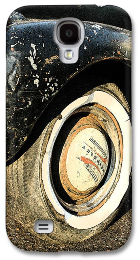 Car Galaxy S4 Case featuring the photograph Car Alfresco II by Kathy Schumann