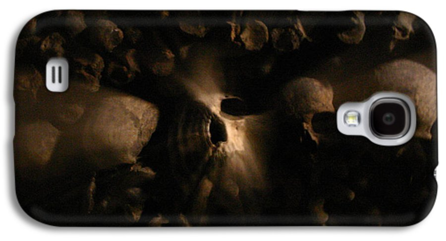 Galaxy S4 Case featuring the photograph Catacombs - Paria France 3 by Jennifer McDuffie