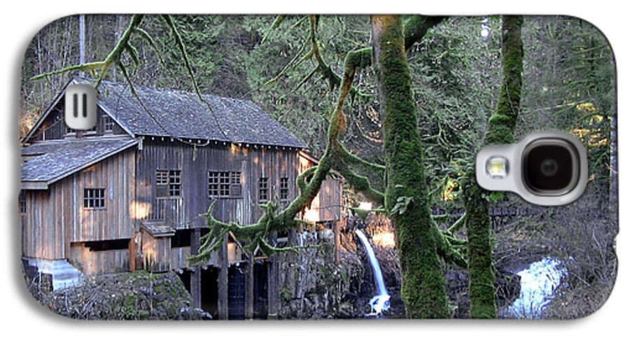 Landscape Galaxy S4 Case featuring the photograph Cedar Creek Grist Mill by Larry Keahey