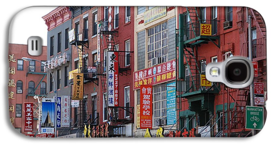 Architecture Galaxy S4 Case featuring the photograph China Town Buildings by Rob Hans