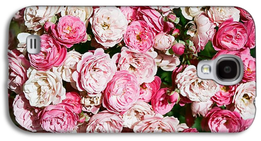 Rose Galaxy S4 Case featuring the photograph Cluster Of Roses by Dean Triolo