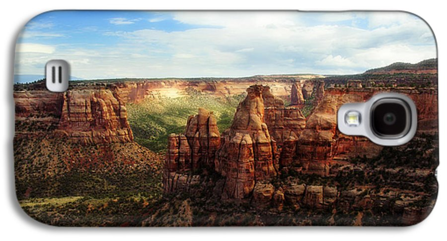 Americana Galaxy S4 Case featuring the photograph Colorado National Monument by Marilyn Hunt