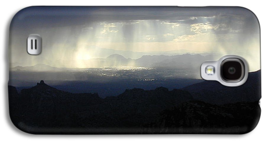 Darkness Galaxy S4 Case featuring the photograph Darkness Over The City by Douglas Barnett