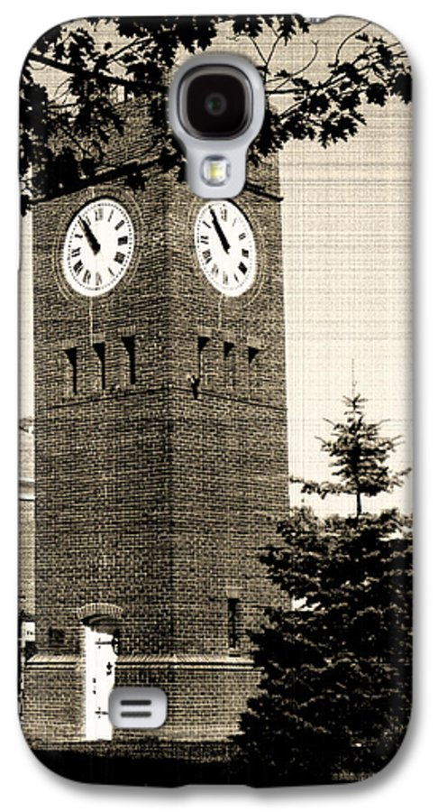 Hudson Galaxy S4 Case featuring the photograph Days Gone By by Kenneth Krolikowski