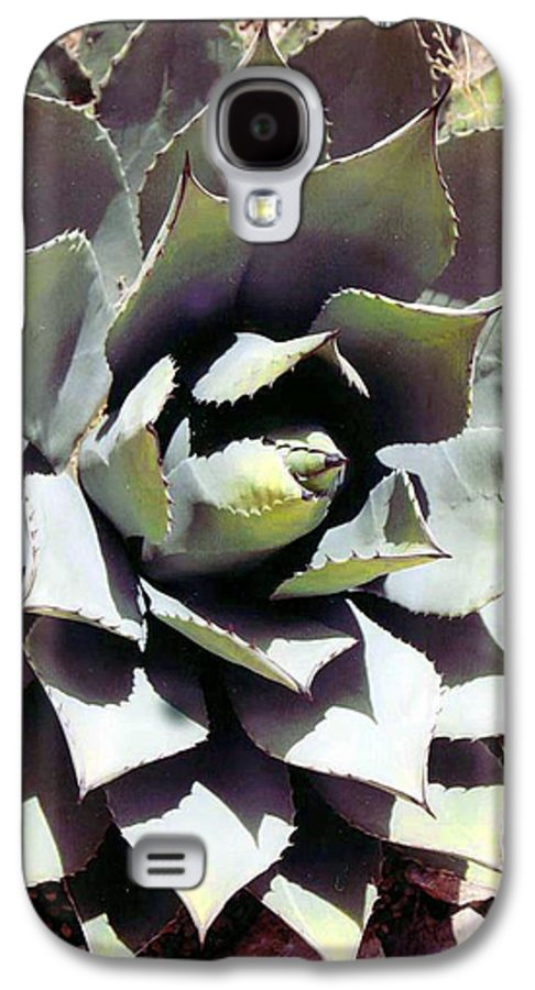 Flower Galaxy S4 Case featuring the photograph Dessert Agave by Margaret Fortunato