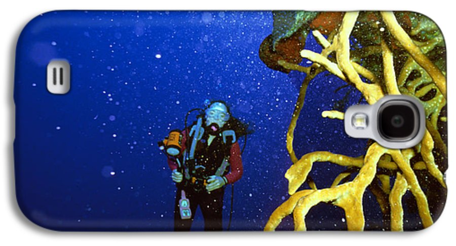 Dive Galaxy S4 Case featuring the photograph Diving The Wall At Little Cayman by Carl Purcell