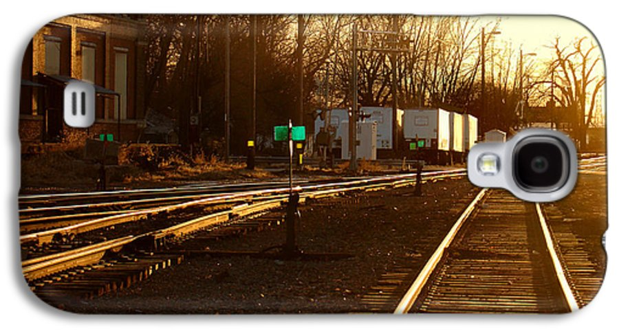 Landscape Galaxy S4 Case featuring the photograph Down The Right Track by Steve Karol