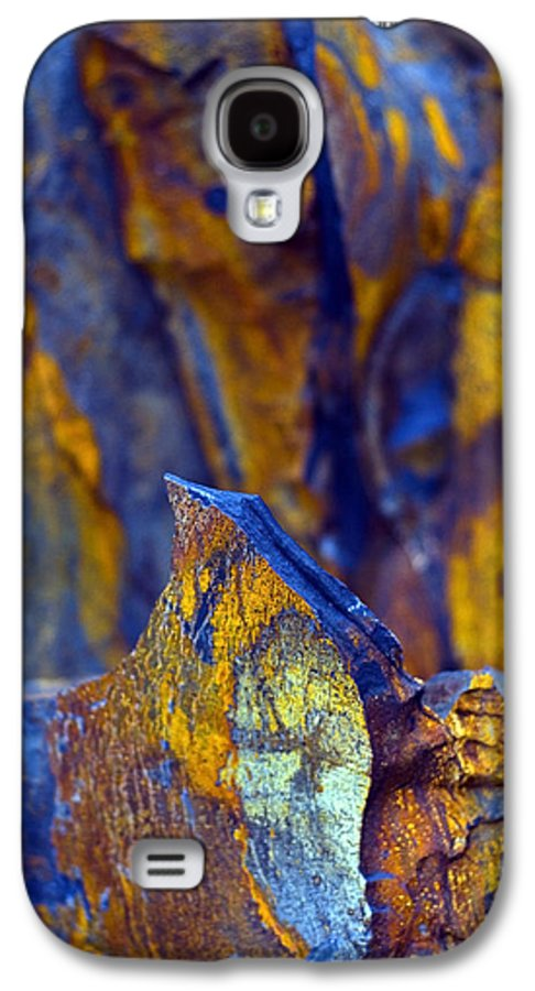 Texture Galaxy S4 Case featuring the photograph First Cut Is The Deepest by Skip Hunt