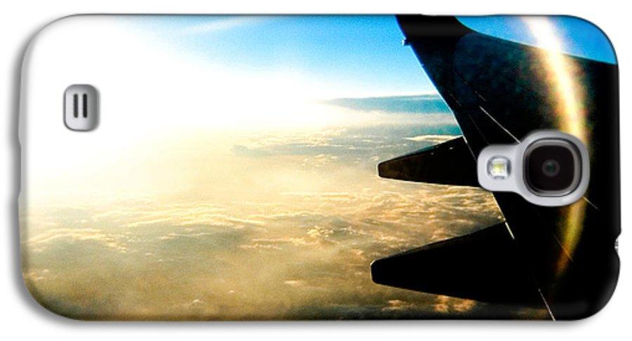 Plane Sky Sun Holga Color Photograph Galaxy S4 Case featuring the photograph Fly Like A Dolphin by Olivier De Rycke