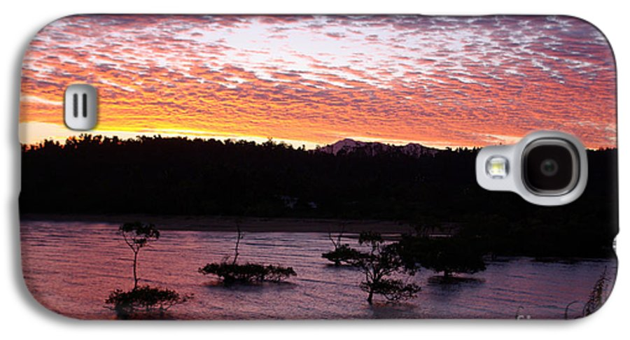 Landscape Galaxy S4 Case featuring the photograph Four Elements Sunset Sequence 3 Coconuts Qld by Kerryn Madsen - Pietsch