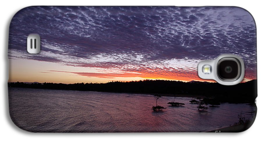 Landscape Galaxy S4 Case featuring the photograph Four Elements Sunset Sequence 7 Coconuts Qld by Kerryn Madsen - Pietsch