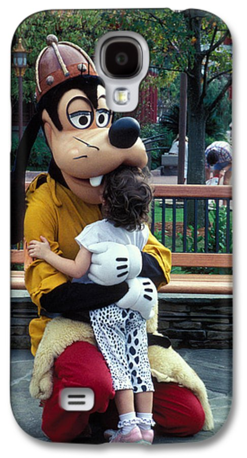 Disney Galaxy S4 Case featuring the photograph Goofy Love by Carl Purcell