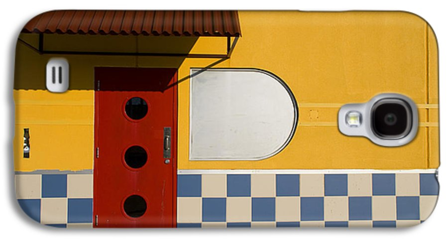 Architecture Galaxy S4 Case featuring the photograph Happy Days by Skip Hunt