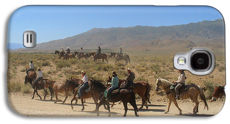 Horses Galaxy S4 Case featuring the photograph Horse Drive From June Lake To Bishop California by Christine Till