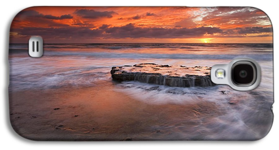 Island Galaxy S4 Case featuring the photograph Island In The Storm by Mike Dawson