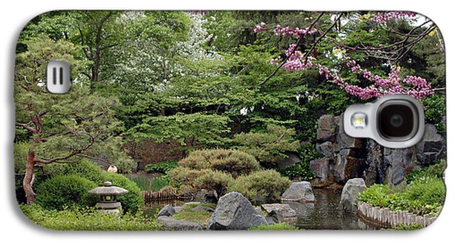 Japanese Garden Galaxy S4 Case featuring the photograph Japanese Garden II by Kathy Schumann