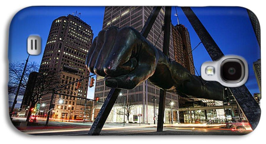 Joe Galaxy S4 Case featuring the photograph Joe Louis Fist Statue Jefferson And Woodward Ave. Detroit Michigan by Gordon Dean II