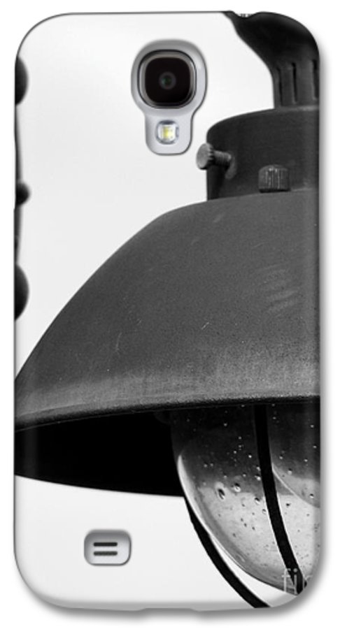 Lamppost Galaxy S4 Case featuring the photograph Lamp Post by Amanda Barcon
