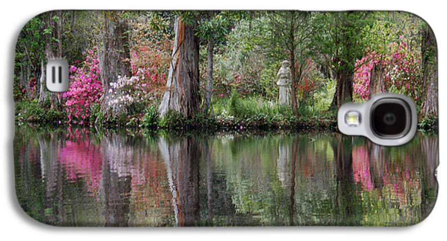 Magnolia Plantation Galaxy S4 Case featuring the photograph Magnolia Plantation Gardens Series Iv by Suzanne Gaff